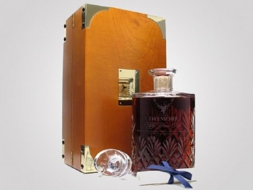 2. Dalmore 50 Year Old Decanter, giá 11.000USD